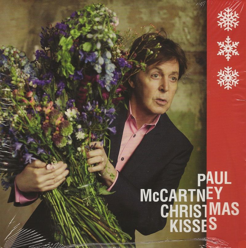Paul-mccartney-christmas-kisses