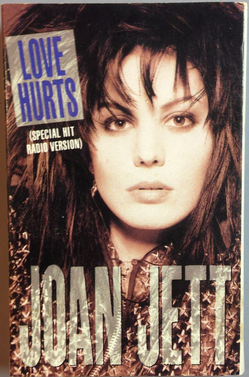 Joan-jett-love-hurts-cassette-single