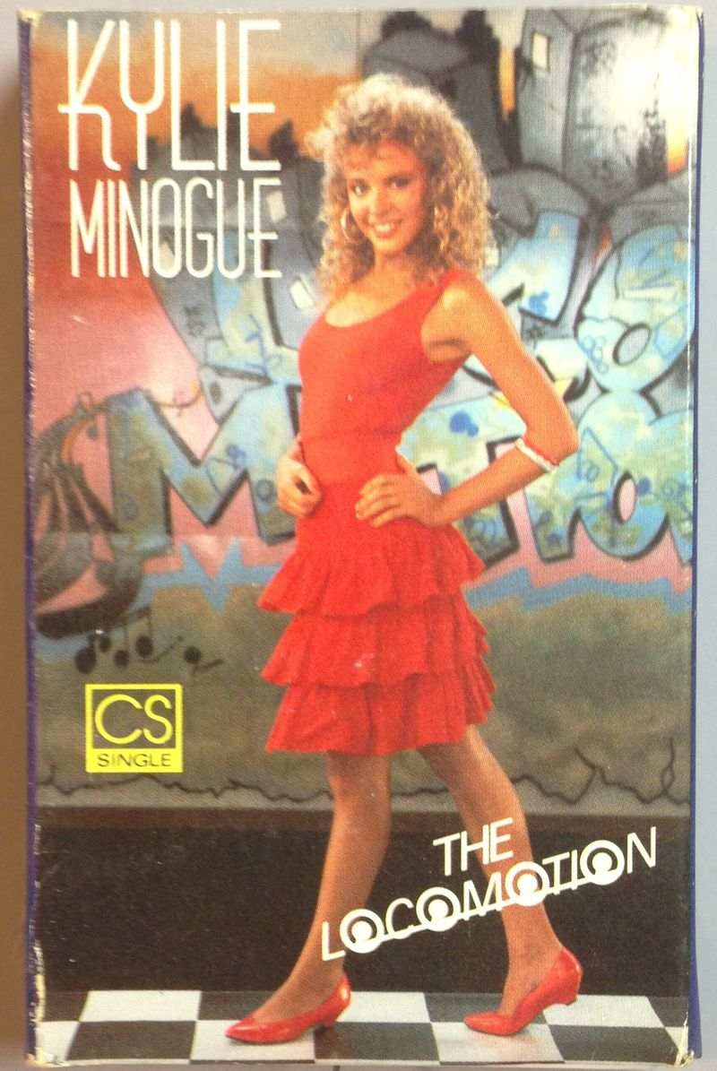 Kylie-minogue-locomotion-cassette-single