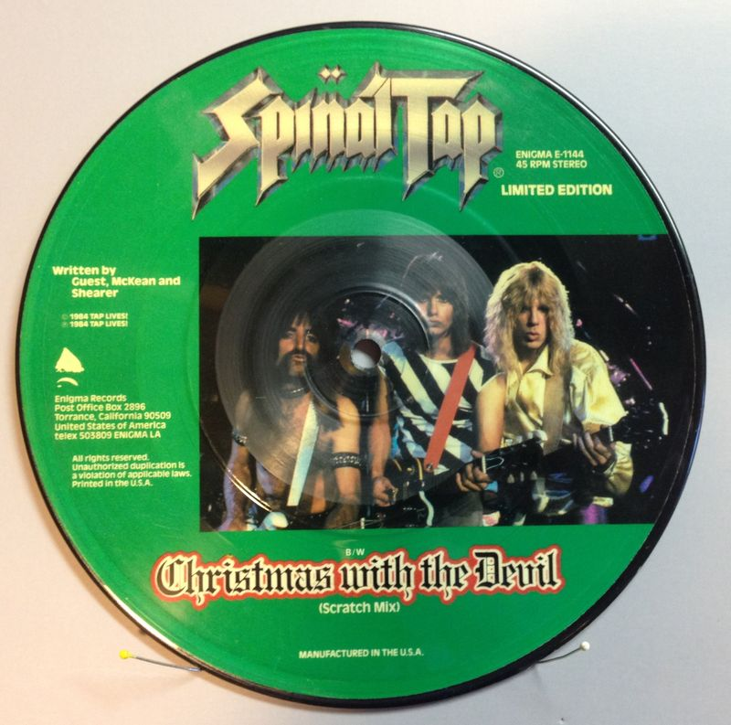 Spinal-tap-christmas-with-the-devil-picture-disc-b