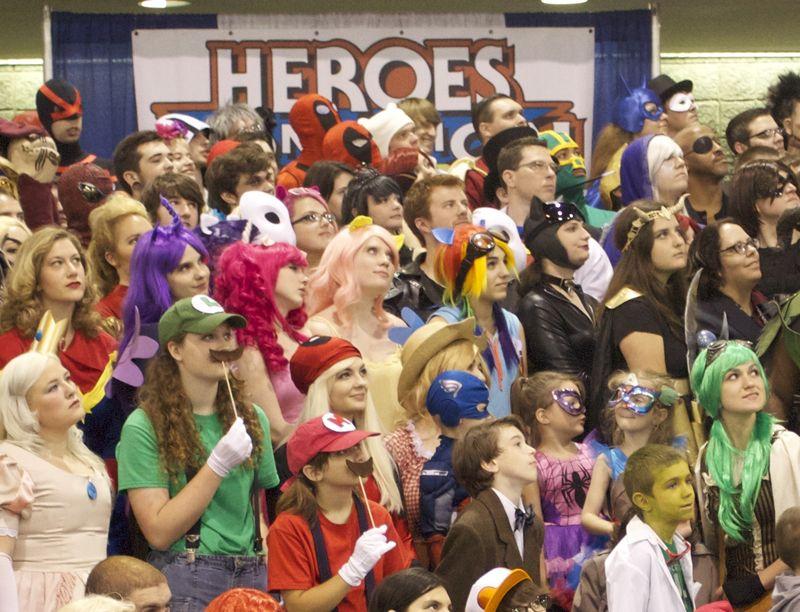 Heroescon-2014-class-photo-9
