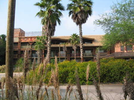 Animal_kingdom_lodge2